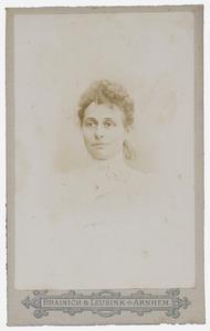 Portret van Stefanie Marina Wijnmalen (1859-1932)