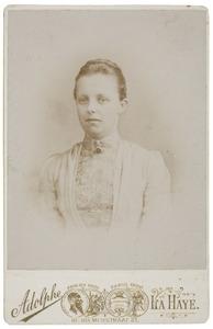 Portret van Odilia Amelia van Hall (1868-1932)