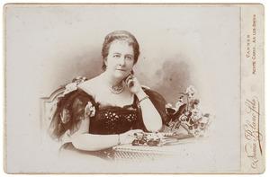Portret van Christina Adriana Geertruida Elisabeth van Overveldt (1847-1901)