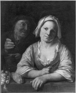 Jonge vrouw met een mes in de hand leunend op een borstwering; achter haar een oude man met een glas in de hand (Ongelijk paar)