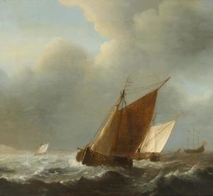 Schepen in een stevige wind voor de kust