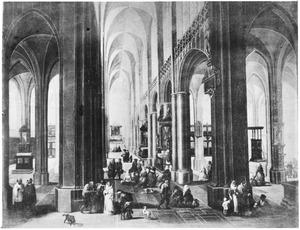 Interieur van de Onze Lieve Vrouwekathedraal te Antwerpen