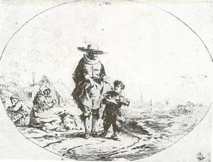 Een man die een aalmoes geeft aan een jongen
