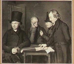 Portret van vier mannen, pratend, rokend, drinkend en de courant lezend