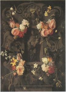 Cartouche met bloemguirlandes rondom de staande Maagd Maria met het Christuskind