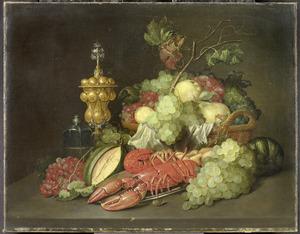 Stilleven met een akeleibeker, een kreeft en een mand met vruchten