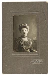 Portret van Anje Jantina Bruining (1891-1912)
