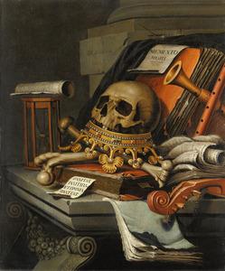 Vanitasstilleven met schedel, muziekinstrumenten, boeken en een zandloper op een sarcofaag