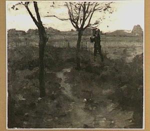 Landschap met weide en wandelaar
