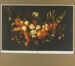 Guirlande van druiven, perziken en een granaatappel