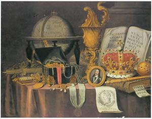 Vanitasstilleven met pronkbeker, globe, regalia en een miniatuurportret van koning Charles I Stuart (1600-1649)