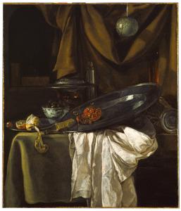 Stilleven met komfoor, vaatwerk en granaatappel