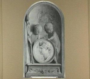 Twee putti met een afbeelding van Bacchus