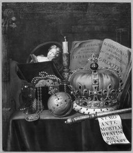 Vanitasstilleven met regalia, boeken, een portretje van een vrouw en een uitgedoofde kaars
