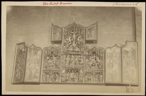 De gevangenneming van Christus, Pilatus wast zijn handen in onschuld (binnenzijde linkerluik); Ecce Homo (binnenzijde linker bovenluik); De annunciatie, de visitatie, de aanbidding der herders, de besnijdenis, de presentatie in de tempel, de kruisdraging met Veronica, de kruisiging, de kruisafneming (middendeel); De graflegging, de opstanding (binnenzijde rechterluik); Christus' verschijning aan Maria (binnenzijde rechter bovenluik)