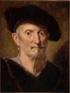 Borststuk van een man met baret, oorbel en halsketting