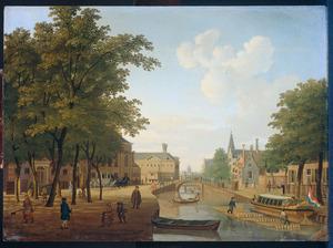 Gezicht op de Houtmarkt in Amsterdam