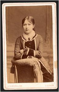 Portret van Cornelia Jacoba van Bleijswijk Ris (1862-1934)