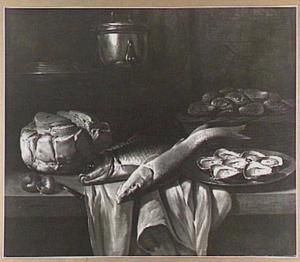 Stilleven met vis, oesters, een brood en pan
