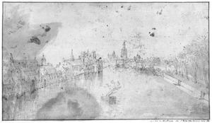 De Hofvijver gezien vanaf  de Korte Vijverberg, in Den Haag