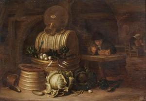 Papetende man in een keukeninterieur