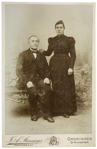 Portret van Jan Hazenberg (1847-1926) en Jantje van der Velde (1867-1966)