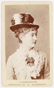 Portret van Sophie Adrienne Sloet van Oldruitenborgh (1860-1941)