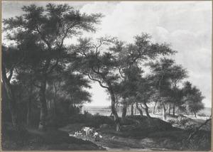 Boslandschap met herders en hun kudde op een landweg