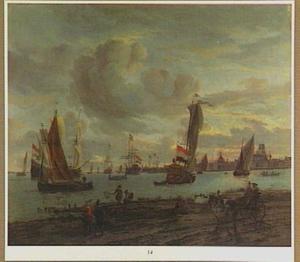 Schepen op de Nieuwe Maas voor Rotterdam