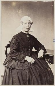 Portret van een vrouw uit familie Kuperus