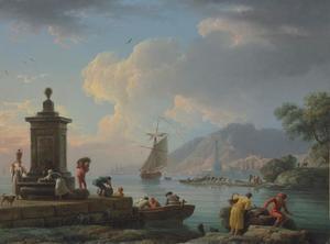 Een mediterrane haven met figuren die een boot uitladen, twee vrouwen die water halen bij een fontijn; een vuurtoren in het verschiet