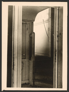Trap naar het atelier van Jozef Israels op de Koninginnegracht 2, Den Haag, gezien vanuit de wachtkamer, 1949