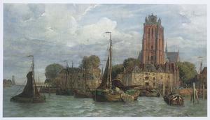 Gezicht op Dordrecht met aan de kade afgemeerde tjalken