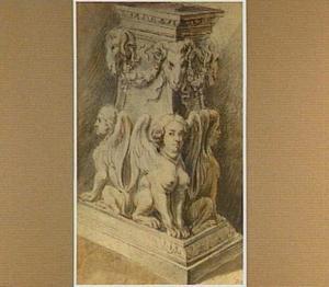 Romeins piëdestal met harpijen en ramskoppen
