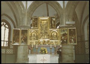Christus in Gethsemane, Christus´ gevangenneming (binnenzijde linkerluik); Ecce Homo (binnenzijde linker bovenluik); De annunciatie, de visitatie, de aanbidding der herders, de aanbidding der Wijzen, de besnijdenis, de presentatie in de tempel, de kruisdraging, de kruisiging, de kruisafneming en de bewening (middendeel); De opstanding (binnenzijde rechter bovenluik); Christus´ Hemelvaart, Pinksteren (binnenzijde rechterluik)
