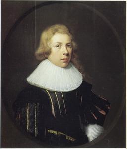 Portret van een jongeman in een ovaal