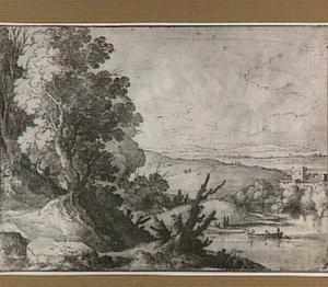 Heuvellandschap met boot op een meer