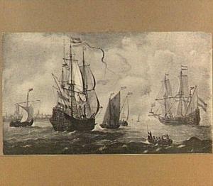 Hollandse schepen op de rede van een onbekende stad