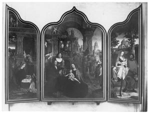 De geboorte (links); De aanbidding van de Wijzen (midden); De vlucht naar Egypte (rechts)