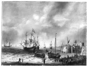 Kustgezicht met voor anker liggende oorlogsschepen