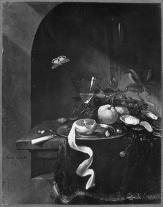 Stilleven met fruit en oesters in een nis