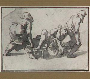 Twee mannen vervoeren een andere man op een draagbaar