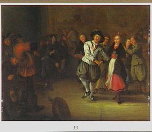 Dansend huwelijkspaar in een interieur