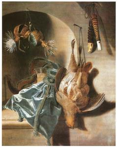 Stilleven met dode kippen, jachthoorn en vogelfluitjes