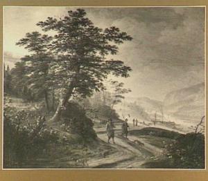 Landschap met wandelaars langs een rivier