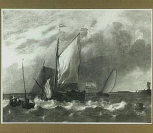Schepen lop woelig water met op de voorgrond een schip waarop de fok wordt gestreken