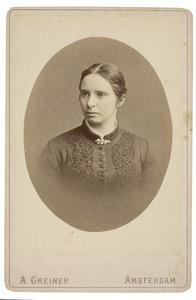 Portret van Maria Theresia Jacoba van Hall (1860-1921)