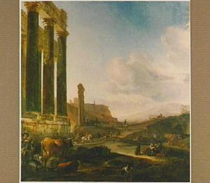 Italianiserend landschap met herders en vee temidden van ruïnes