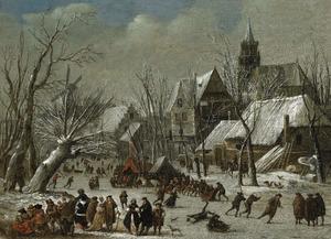 Winterlandschap met figuren op het ijs bij een koek-en-zopie tent, buiten een stad