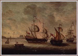 Hollandse schepen voor de kust